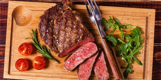 Image of the Midwest Steak Bundle package.